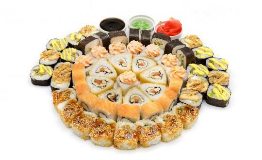 Заказать сет Любимый - все включено! С горячим роллом! с доставкой на дом в Новосибирске, Империя суши